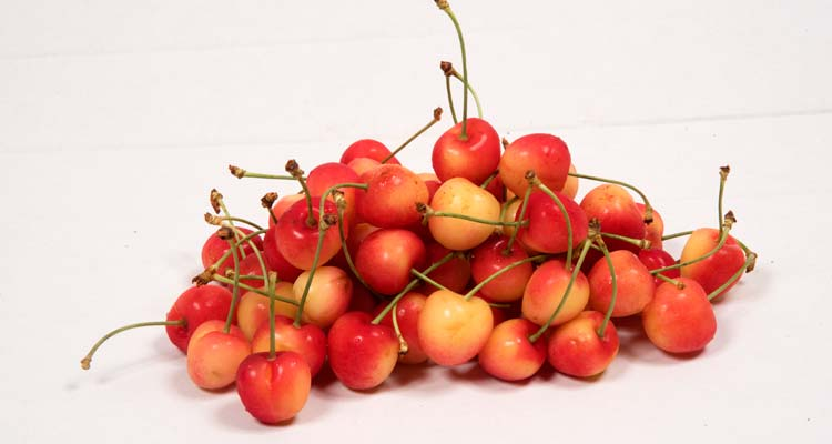 Cherries Pelion strawberry